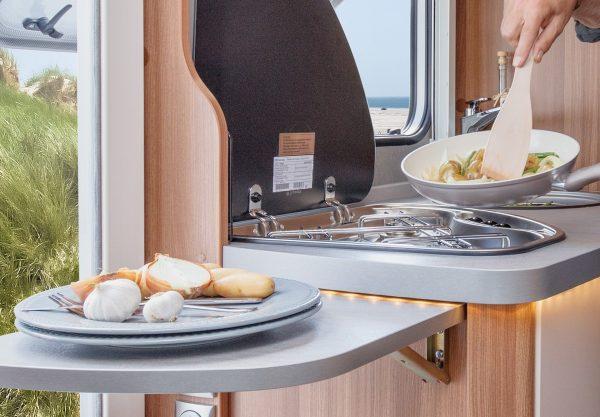 Weinsberg CaraCompact uitklapbaar keukenblad